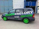 Firmenwagen Neon-grüne Seite