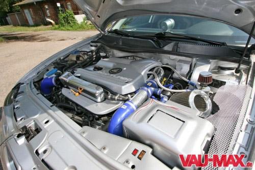 gecleanter Motorraum